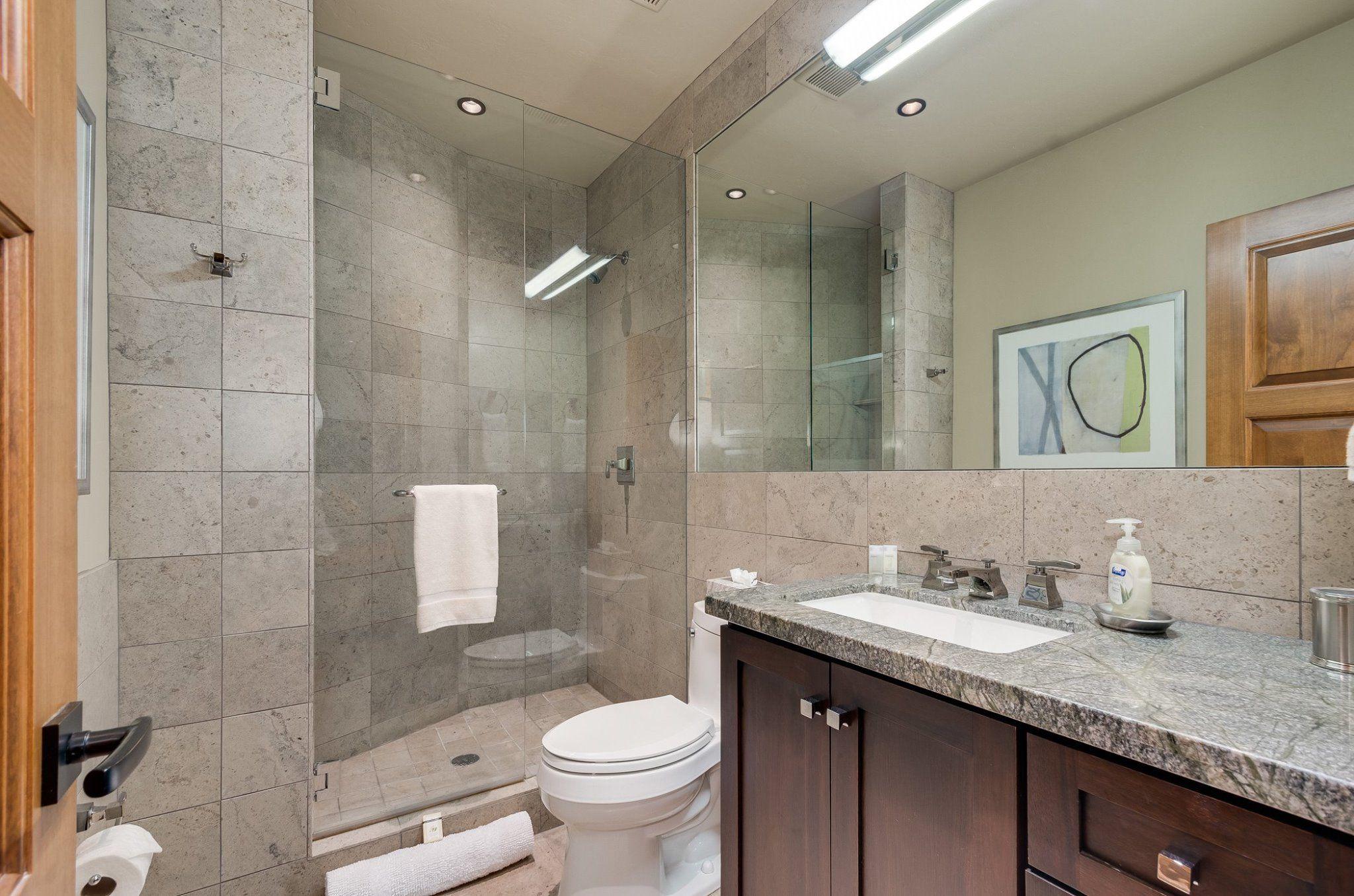 Cottage: Guest Bath