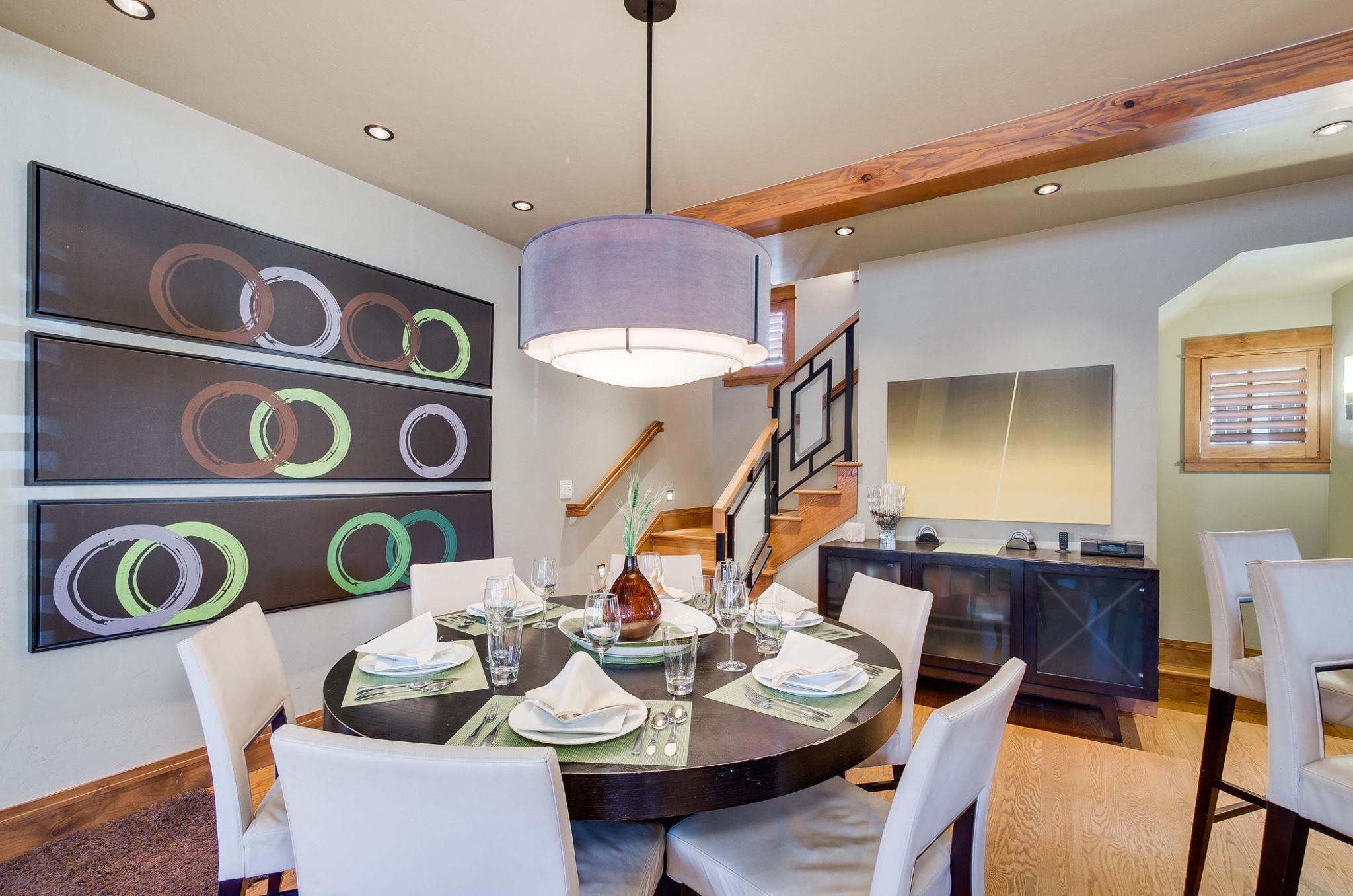 Main House: Dining Room