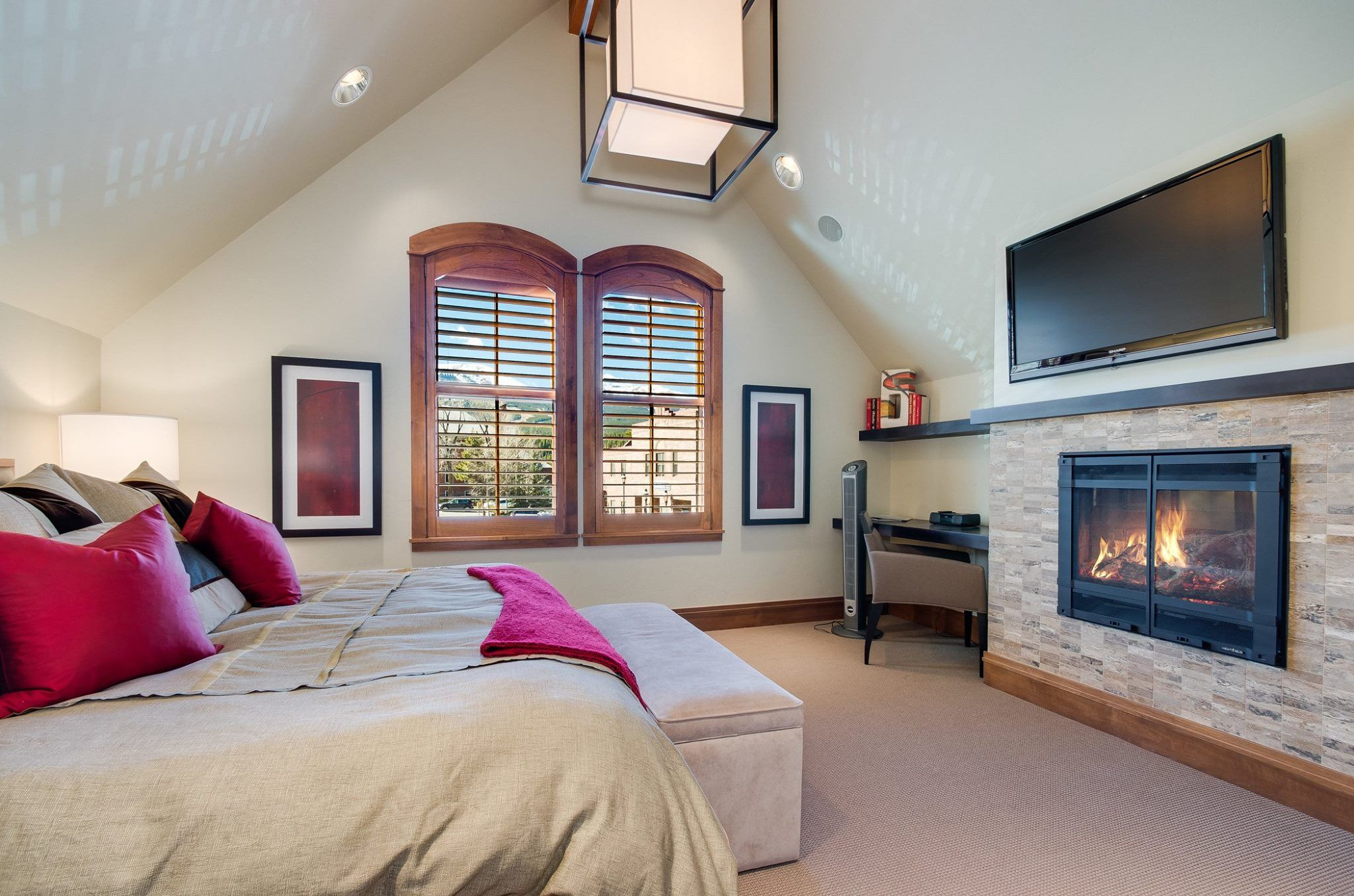 Main House: Master Suite
