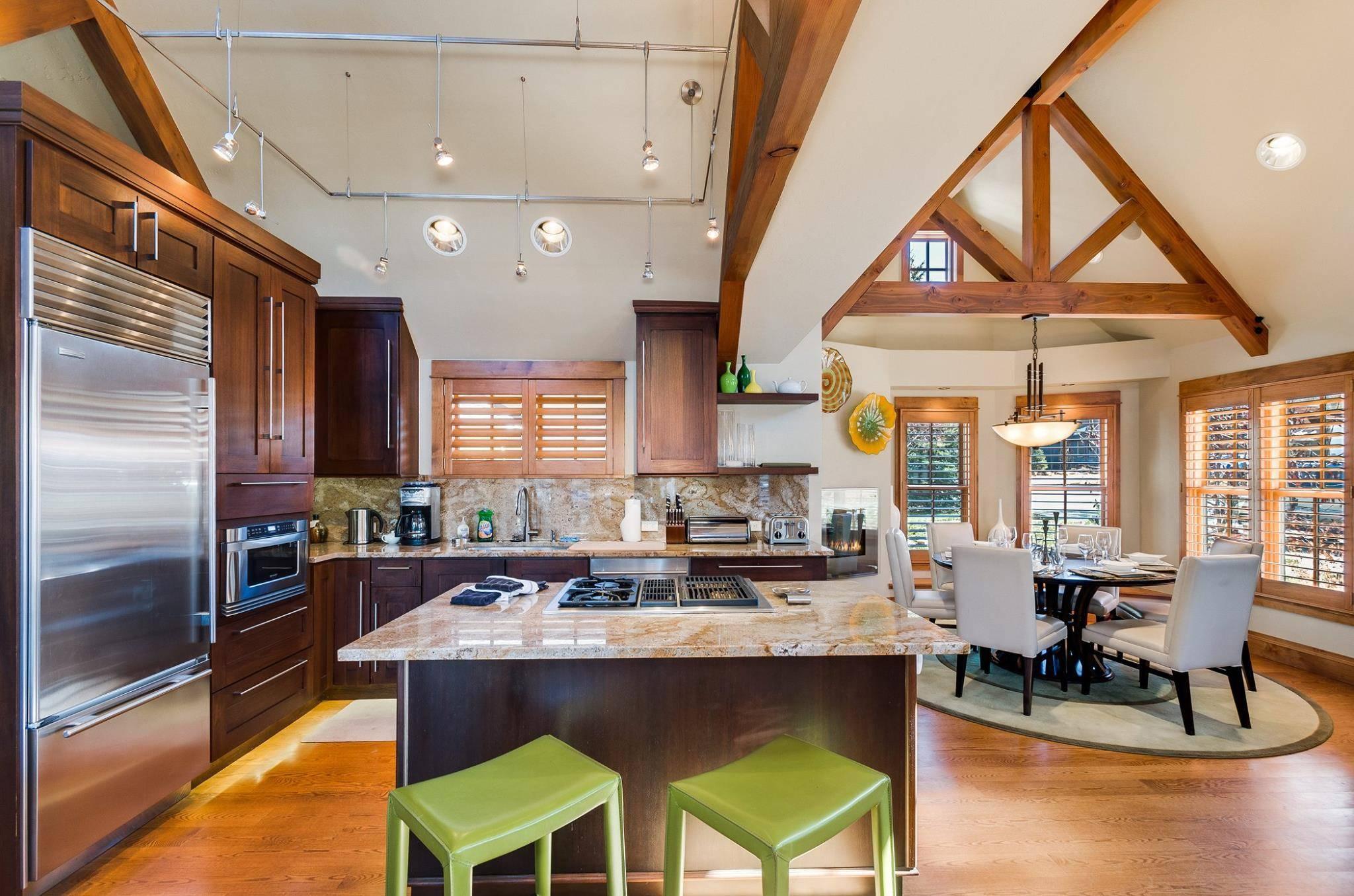 Cottage: Gourmet Kitchen